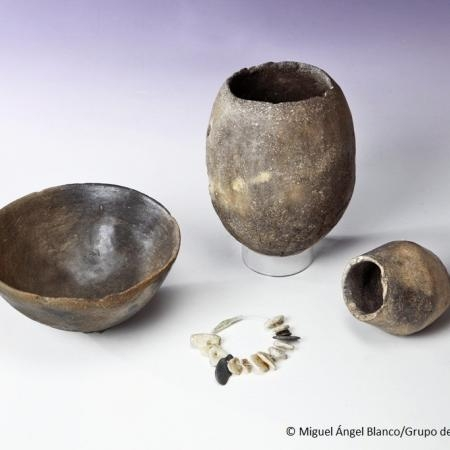Grave goods of the burial 22